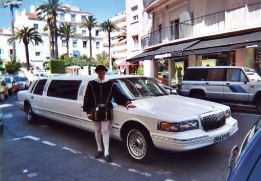 Patrick Huet en troubadour à Cannes