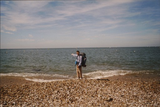 Patrick Huet face à la Manche - fin de la descente de la Seine à pied